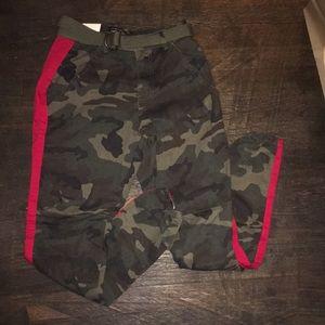 American Bazi camouflage joggers